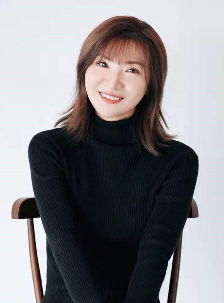 侯潇怡 Shirley Hou